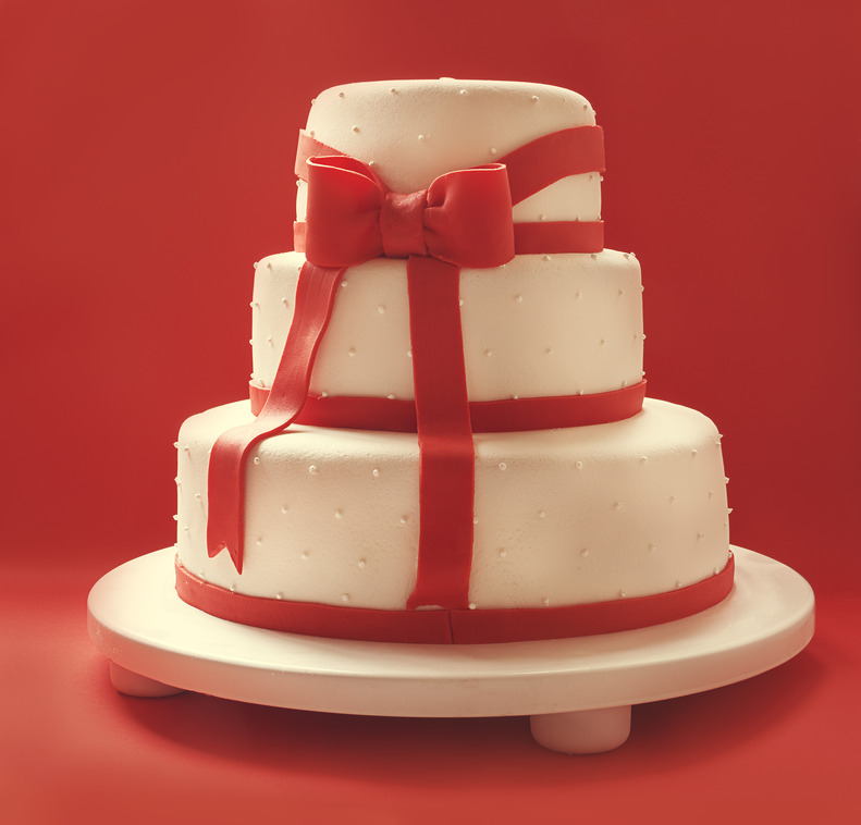 Design Your Own Wedding Cake Uk : Vintage Glamour wedding cake ideas from vgcakes.co.uk